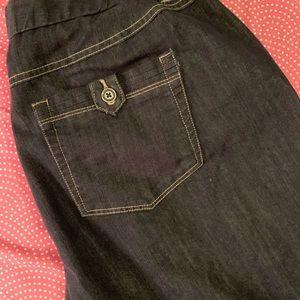 Capri Medium Dye Jeans